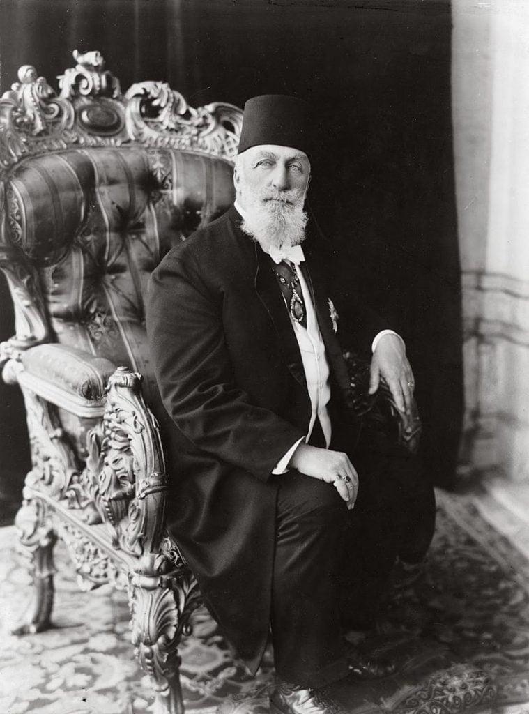 Osmanlı İmparatorluğu'nun son halifesi Abdülmecid Efendi'nin portresi.