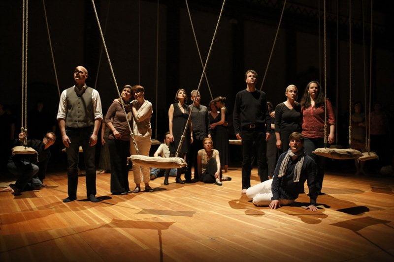 Ruhsal ve fiziksek doyum sunan bir konser; Human Requiem-Yaşama Övgü