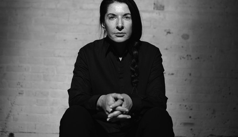 Performans Sanatçısı Marina Abramovic İstanbul'a Geliyor!