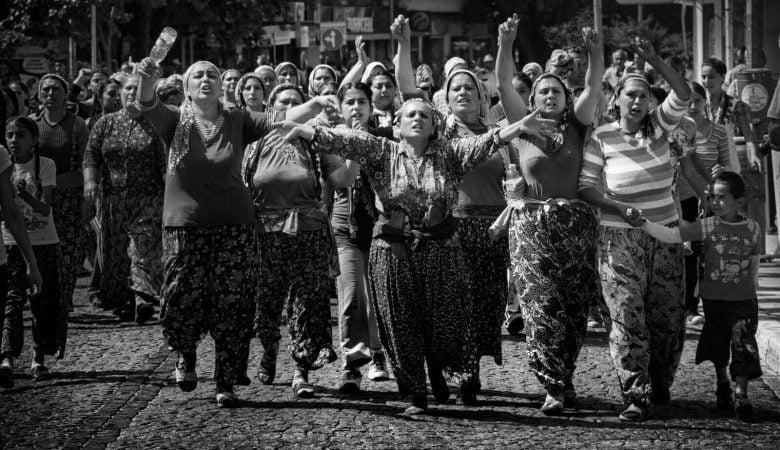 """""""Kadın! Bir Gün Değil Her Gün"""" Temalı Ödüllü Fotoğraf Kupasının Birincisinden Büyük Ayıp!"""