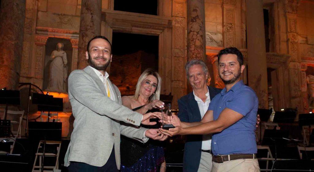 11. Dr. Nejat F. Eczacıbaşı Ulusal Beste Yarışması'nı Kazanan İki İsim Oldu